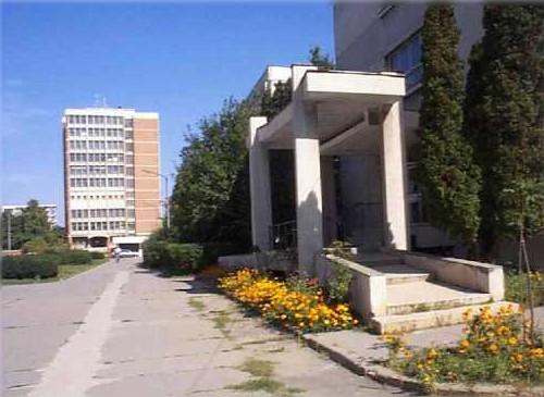Institute 3